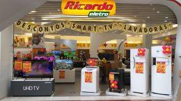 Ricardo Eletro une indústria, varejo e vendedores em programa de incentivo via app