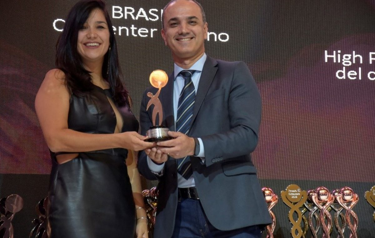 Positivo Tecnologia is recognized in international customer service awards