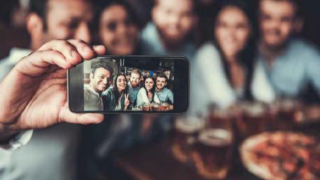 SMARTPHONES – A tecnologia é quase um ímã
