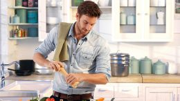FATHER'S DAY – Men in the kitchen