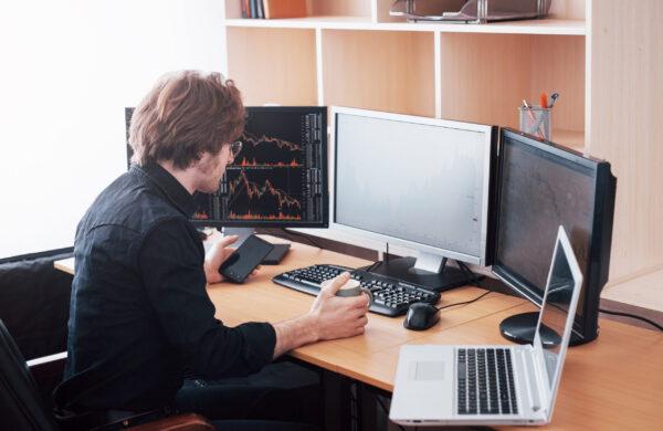 HOME OFFICE aumenta as vendas em informática