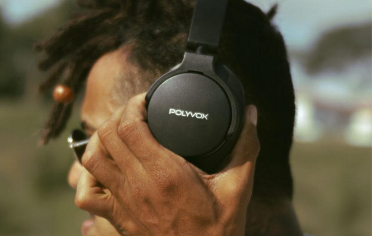 Polyvox lança fones de ouvido e microfones