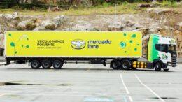 Mercado Livre expande frota sustentável com carretas movidas a gás