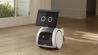 Amazon apresenta Astro, robô que se parece com um pet
